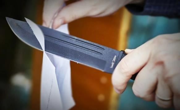 Лёгкий способ заточки ножей, который я узнала у кавказцев, за 2 минуты нож смог разрезать бумагу
